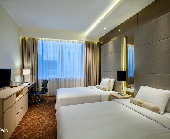 Club Twin Menara Peninsula Hotel