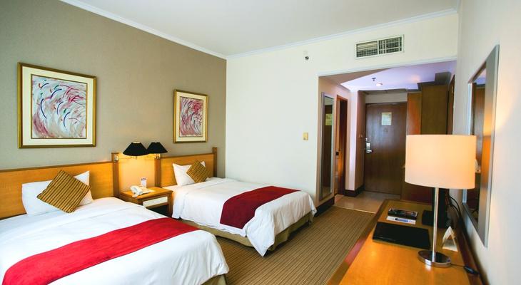 menara peninsula hotel s rooms official website jakarta rooms rh menarapeninsulahotel jakarta com