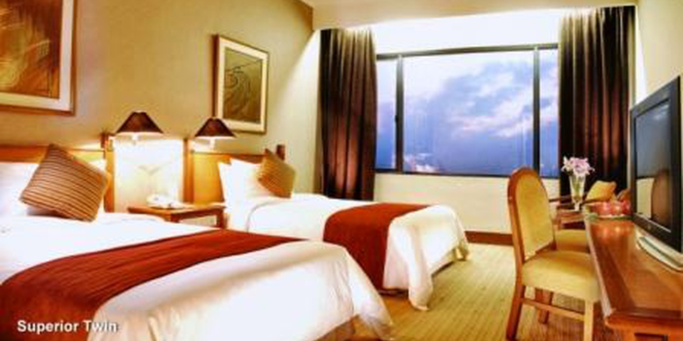Stay and Dine Package Menara Peninsula Hotel Jakarta